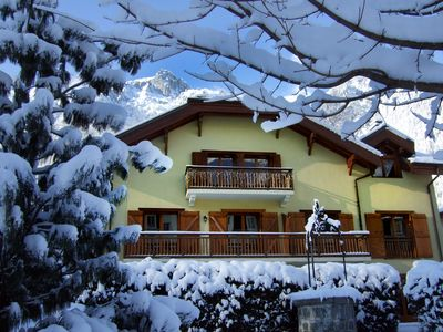 Little Savoyard. Luxurious appt 110 m² in the heart of Chamonix. 6 pers. Calm.
