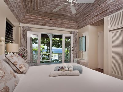 Master bedroom overlooking the sea