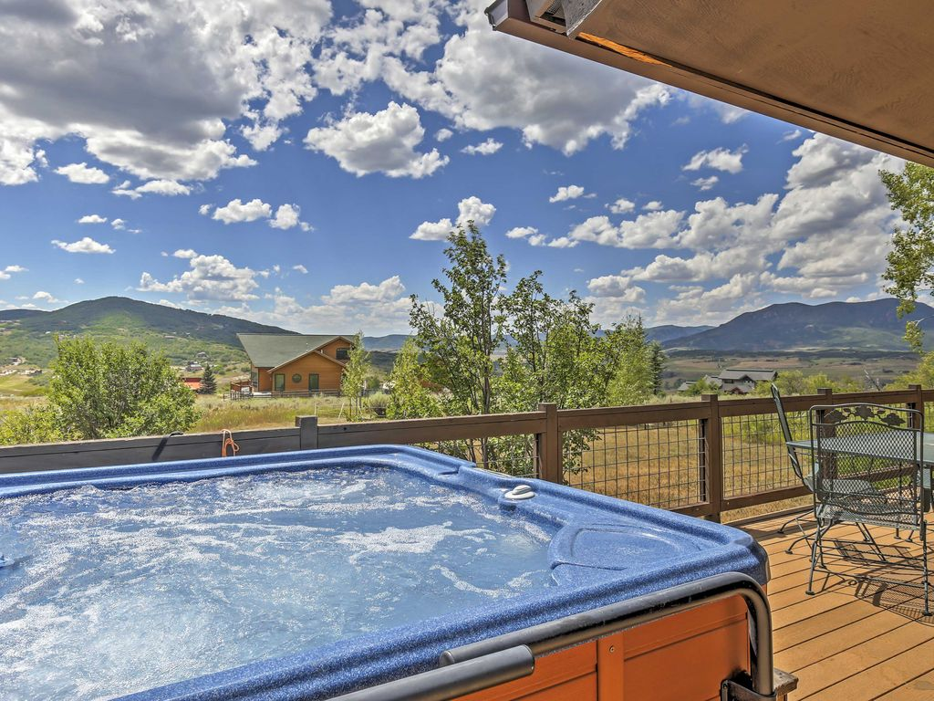 3br steamboat springs house w private hot tub vrbo for Cabin rentals near steamboat springs