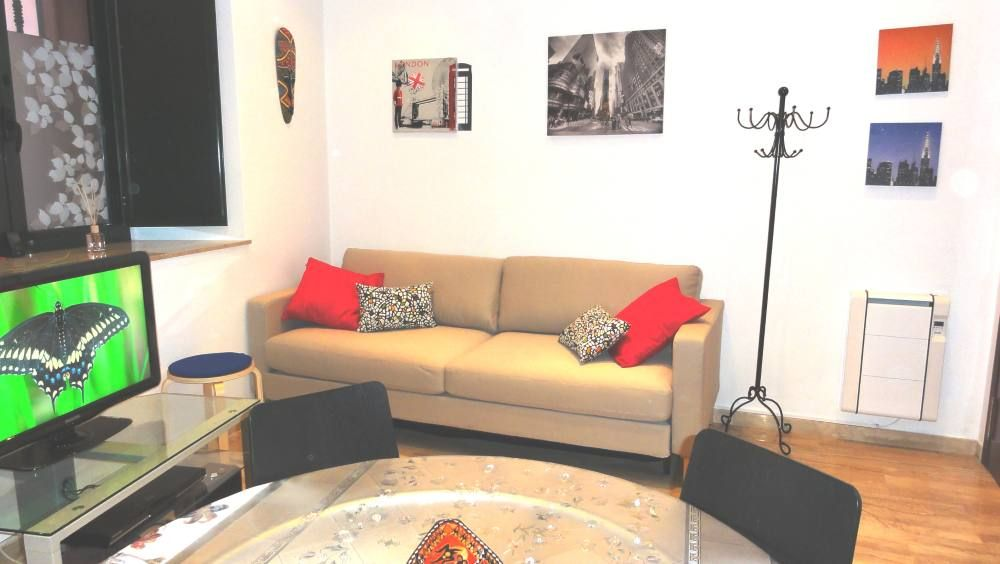 Luxury apartment, max 6 persons, close to the beach