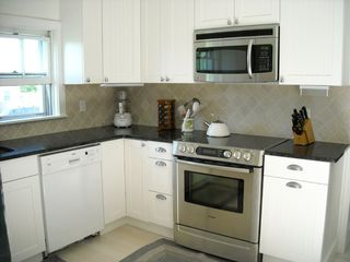 Brant Point house photo - New grantie SS kitchen!