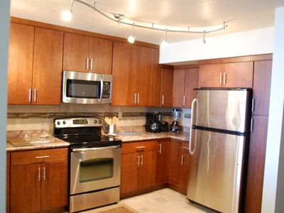 Daytona Beach condo rental - New Appliances and Cabinets