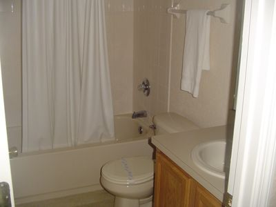 Regal Oaks house rental - Bathroom 1