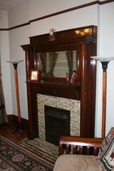 Chicago apartment photo - Gas fireplace with remote control