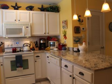 Two Crab - 2 BR/2.5 BA-Dog Friendly-Wi-Fi-3 min. to Beach!!