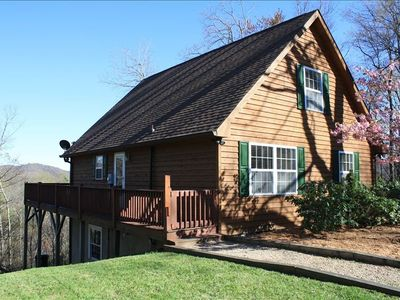 Mountain Lodge Realty The High Life Cabin, Level Entry, Views, Central Location