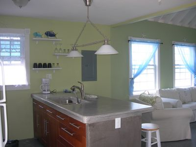 concrete countertops w/breakfast bar