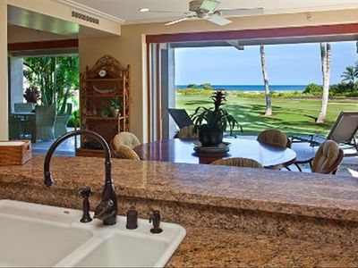 Step out to the 18th fairway with whitewater ocean views.