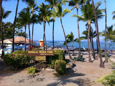 Kahaluu Beach Park minutes way- great for snorkeling, shallow waters 4 children