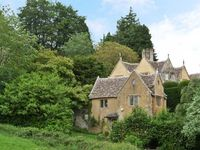 COURT HOUSE, family friendly, with a garden in Uley, Ref 15795