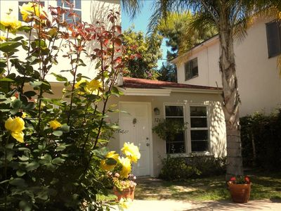 Garden apt. in backyard of W. Hollywood house.  Excellent area central to L.A.