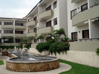 Santa Ana condo photo - Fountains in front of building D