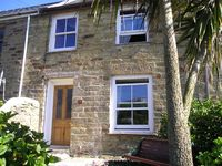 Traditional Cornish fishermans cottage with beautiful views out to sea