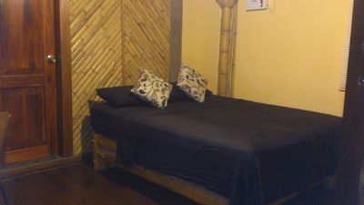 Ecofriendly Harwood And Bamboo Room Close To The Beach And The Downtown