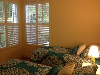 Guest bedroom #2, with two extra long Twin beds.