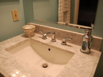 Spotless, so clean it sparkles. TLC Condo has oversized Lands' End bath sheets.