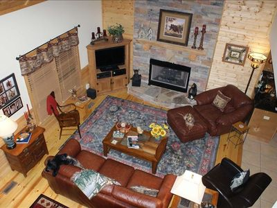 Cozy Fireplace, Big Screen TV and Plenty of Comfort