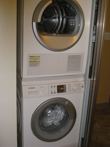 Bosch washer and dryer new in 2011