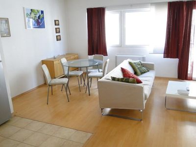Ó STREET # 3 - One Bedroom Apartment, Sleeps 4