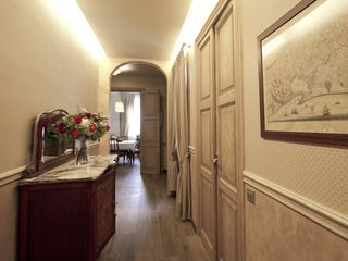Barrio Gotico apartment photo - the hallway leading in from the entrance