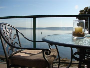 Nanaimo condo rental - Sit back & enjoy the view!