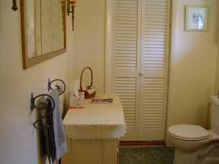 Eastbrook cottage photo - Full bathroom with combined tub/shower