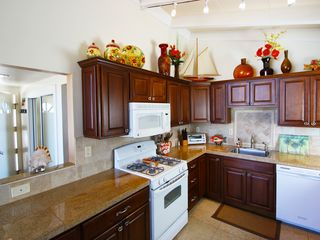 Marina del Rey condo photo - closer view of kitchen, beautiful granite counter!