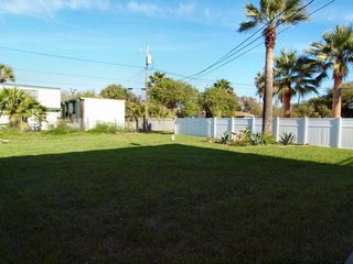 Port Aransas house photo - Back yard