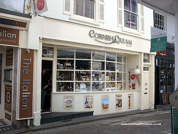 3 bedroom apartment pet friendly in st ives area 8152308 for Shop with apartment above