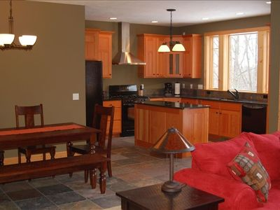 Kitchen and Dining - great space for entertaining with friends!