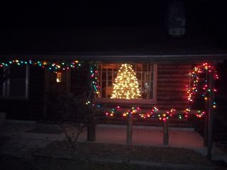 Beaver Lake cabin photo - Decorated and Ready for You!