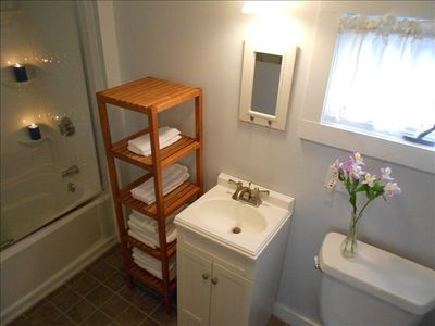 Bar Harbor cottage rental - New Bathroom - Blue Rose Cottage Bar Harbor Vacation Rental