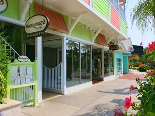 Sarasota cottage photo - ST. Armand Circle over 200 upscale shops and Restuarants.