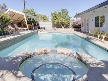 Royal Palms house rental - Pool Area - You won't want to go inside after seeing this pool and hot tub!