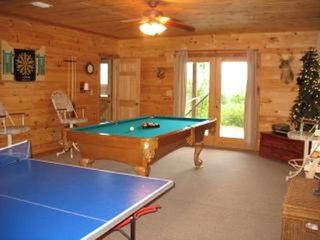 Blue Ridge cabin photo - Private Setting w/ Beautiful Mountain Views!