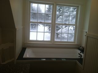 Mount Desert cottage photo - Upstairs bath