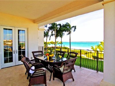Breakfast on your Beach front Patio, cool breeze, breath-taking views