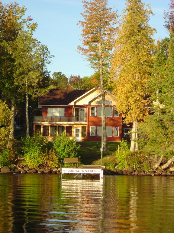 Cool Water Shores, Lake Gogebic Luxury Home