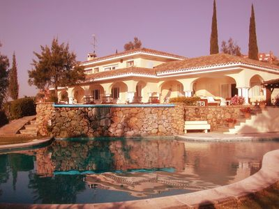 Nueva Andalucia villa rental - Villa and Pool South elevation