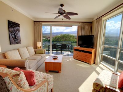 Kaanapali condo rental - Living room with two big windows