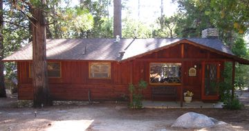 Idyllwild cabin rental - Beautiful 2 Bedroom 1 Bath Cabin near Humber Park. Wifi