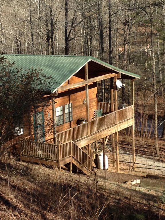 Tumbling waters cabins heart of northeast georgia for Rent a cabin in georgia mountains