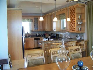Great Exuma villa photo - Dining room and Kitchen