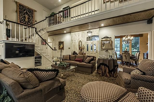 PRIVATE SWIMMING POOL  2 Miles To Cowboy AT T  Rangers Stadiums  Six FlagsTop 50 Arlington Vacation Rentals   VRBO. 3 Bedroom Apartments In Arlington Tx 76011. Home Design Ideas
