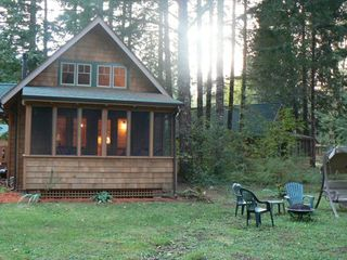 McKenzie Bridge cabin photo - When the sun goes down...