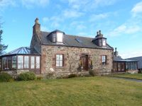 SILVERSTRIPE COTTAGE, pet friendly in Turriff, Ref 22796