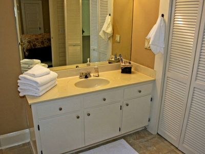 Athens house rental - Large Master Bathroom.