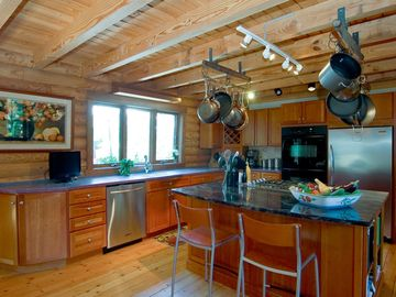 Chef's kitchen - ideal for entertaining