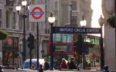 Oxford Circus - 15 Min from Apartment by Tube