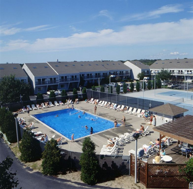 1br sleeps 4 at the cove in yarmouth vrbo for Cove cape cod